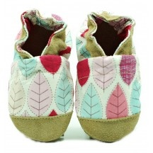 Chaussons cuir et tissus feuilles roses